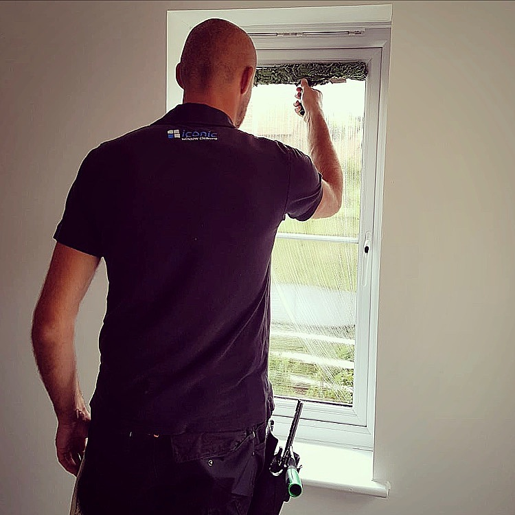 window cleaning farnham